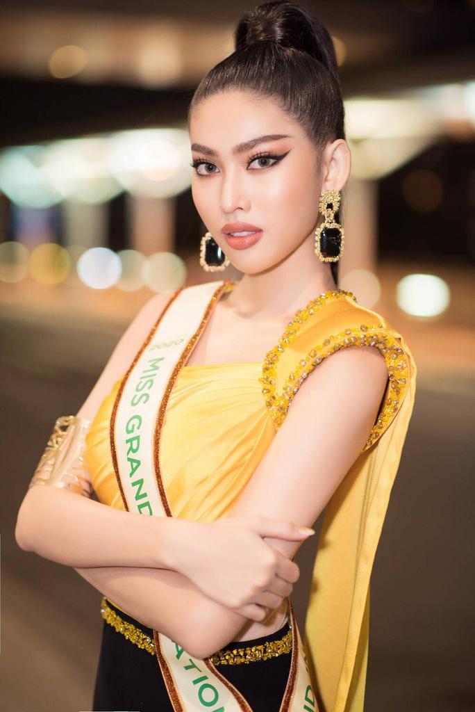 Bị chê đi thi hoa hậu quốc tế mà dở tiếng Anh, Ngọc Thảo nói gì? - Ảnh 8.